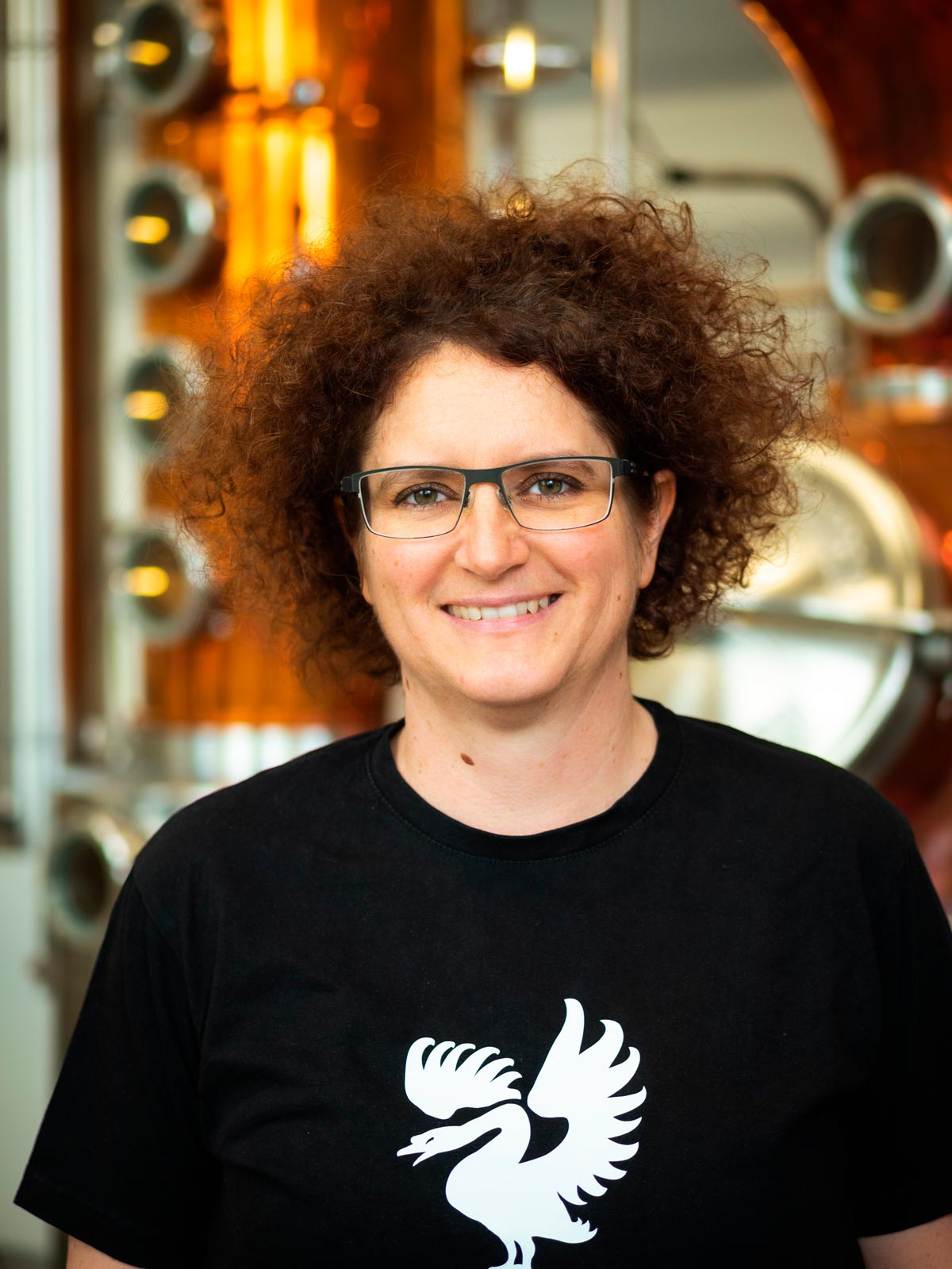 Portrait photo of DI Dr. Carmen Krauss, CEO of Distillery Krauss