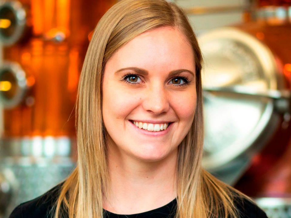 Portraitfoto von Sabrina Knappitsch, Qualitätsmanager bei Distillery Krauss